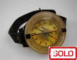 WWII German Luftwaffe AK 39 wrist compass